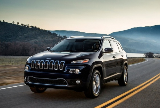 FCA surges ahead to capture 2015 Canadian sales title