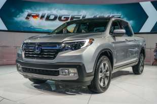 2017 Honda Ridgeline walkaround at CIAS